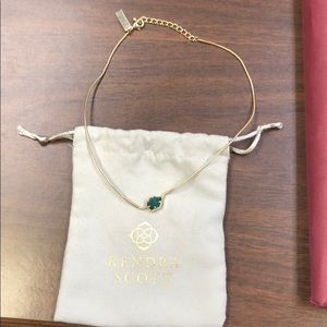 Kendra Scott Tess necklace. Emerald green stone